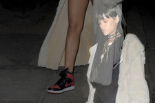 10 Ways Rihanna Wears Sneakers