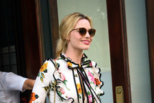 Look of the Day: Margot Robbie's Floral Ensemble