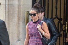 Selena Gomez Shops in Paris