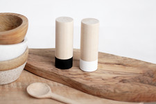 DIY To Try: Two-Tone Salt And Pepper Shakers