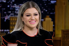 Kelly Clarkson Is Getting Her Own Talk Show And It Sounds Pretty Darn Amazing
