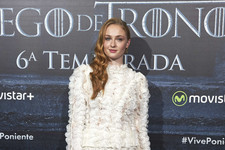 Look of the Day: Sophie Turner's Ruffled Ensemble