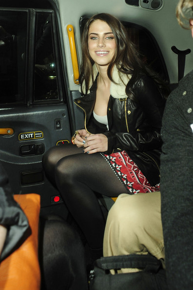 http://www4.pictures.zimbio.com/pc/90210+beauty+Jessica+Lowndes+smiles+after+5AMHqi_zUC4l.jpg