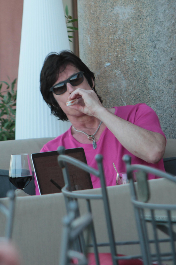 Ronn Moss Photos Photos Ronn Moss Hangs Out With His