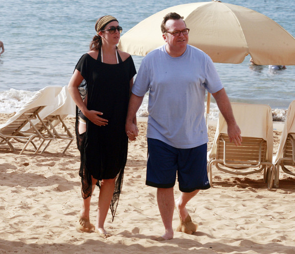 Tom Arnold and Wife in Hawaii