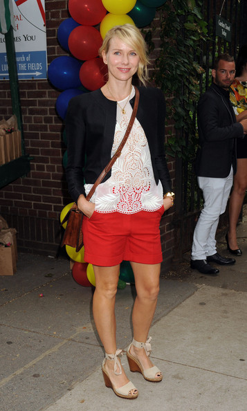 Actress Naomi Watts arrives at the the Stella McCartney Spring 2012 Presentation in New York.