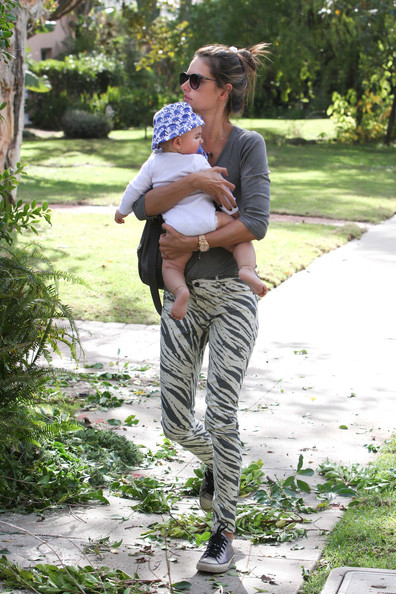 Alessandra Ambrosio - Alessandra Ambrosio and Family in LA