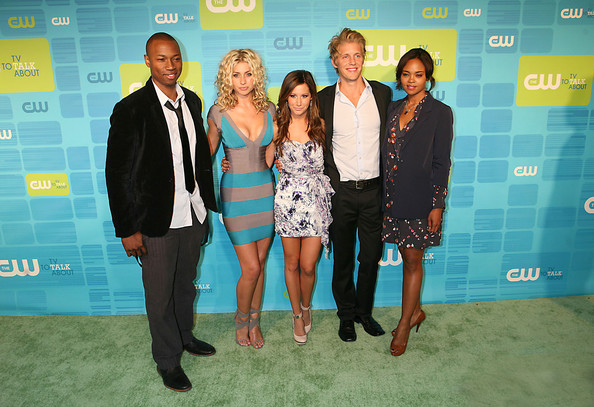 cw stars dating The cw announces 2017-18 fall season next season we have four new scripted series, continuing our mission of adding more original programming to schedule all year long.