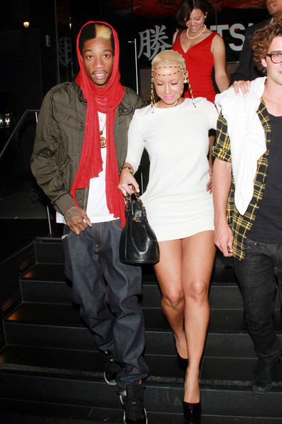 amber rose and wiz khalifa cartoon. hot Wiz Khalifa, Amber Rose Cuddle amber rose wiz khalifa pics.