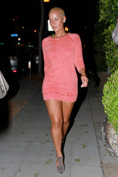 Kanye West's nubile former squeeze Amber Rose sashays down the sidewalk to her car as she leaves the O-Bar in West Hollywood.