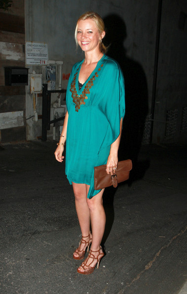 Amy Smart - Ashley Greene at Everleigh Restaurant