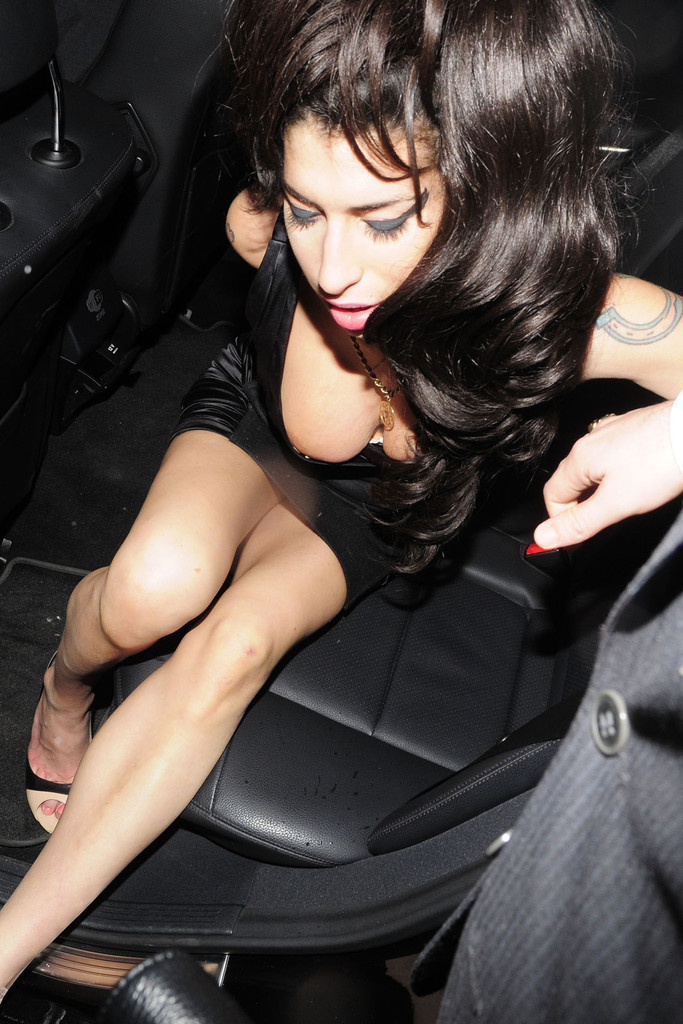 Amy Winehouse Porn 13