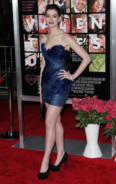 Anne Hathaway Photos Photos The Valentine S Day Premiere In Los