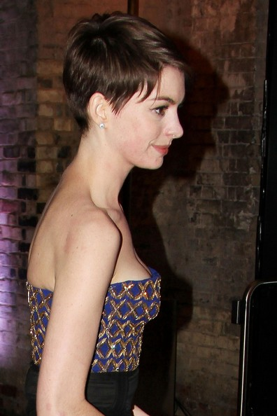 """Anne Hathaway attends the """"Les Miserables"""" after party at ... Amanda Seyfried Baby"""