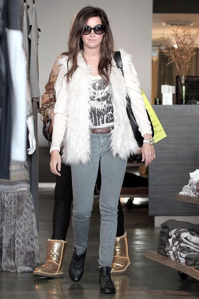 "Ashley Tisdale Ashley Tisdale, wearing a faux fur gilet, seen shopping with her mom Lisa at Planet Blue and Club Monaco in Beverly Hills. The ""Hellcats"" actress tweeted earlier today, ""I'm OBSESSED with faux fur right now! Just thought I'd say that. Off to a meeting..."" The slim actress was spotted out in Hollywood last night with her boyfriend, Scott Speer."