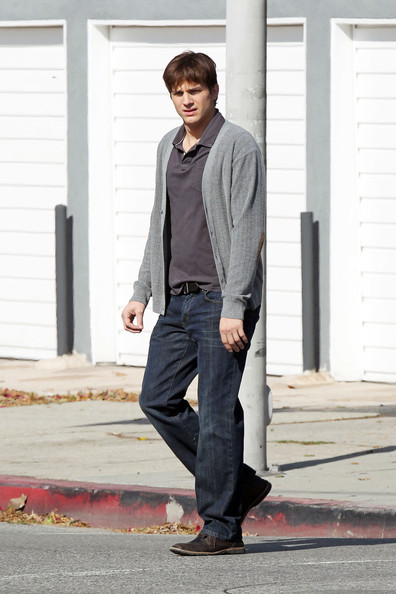 "Tuesday, October 26, 2010. Ashton Kutcher takes a solitary walk as he prepares to film a scene for his upcoming film ""No Strings"" in Los Angeles."