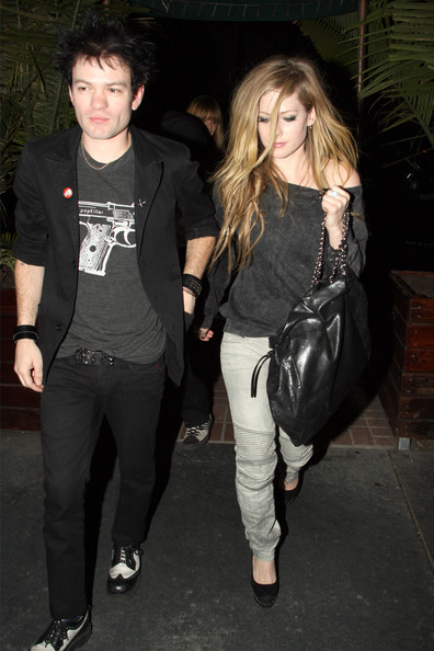 Consider, avril lavigne deryck whibley pity