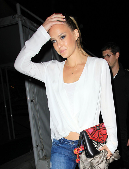 Is Bar Refaeli showing signs of stress over her break up with Leonardo ...