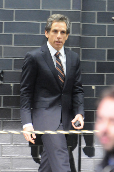 "Ben Stiller is spotted filming a scene in the parking garage of the Trump Tower for his upcoming film ""Tower Heist""."