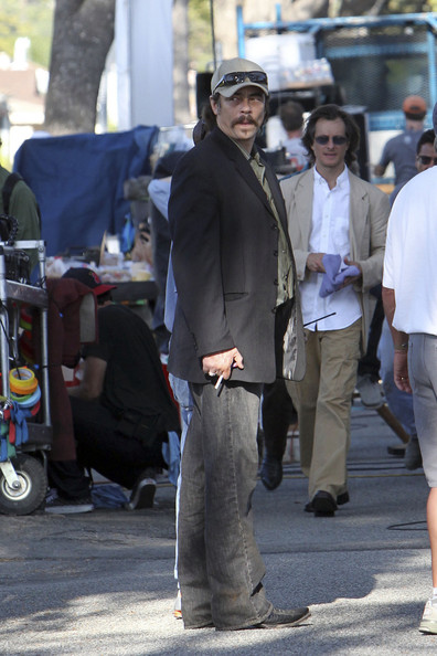 "Benicio Del Toro in character on the set of his latest film ""Savages"" in Los Angeles.""Savages"" is an Oliver Stone production starring Uma Thurman and Salma Hayek alongside Del Toro."