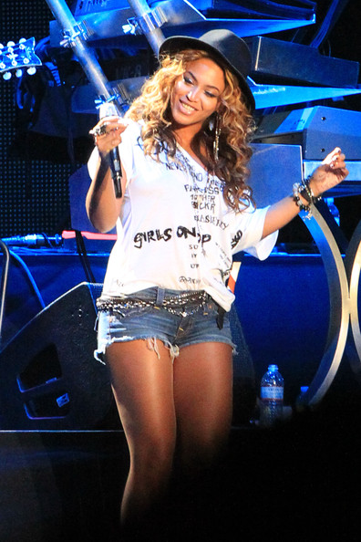 Beyonce Knowles - Jay-Z Performs at Coachella Music Festival