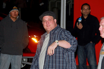 Billy Gardell Bill Walton Leaves the Lakers Game