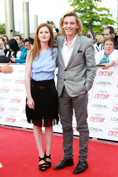 http://www4.pictures.zimbio.com/pc/Bonnie+Wright+Jamie+Campbell+Bower+Red+Carpet+mzN5EFYfDJxl.jpg