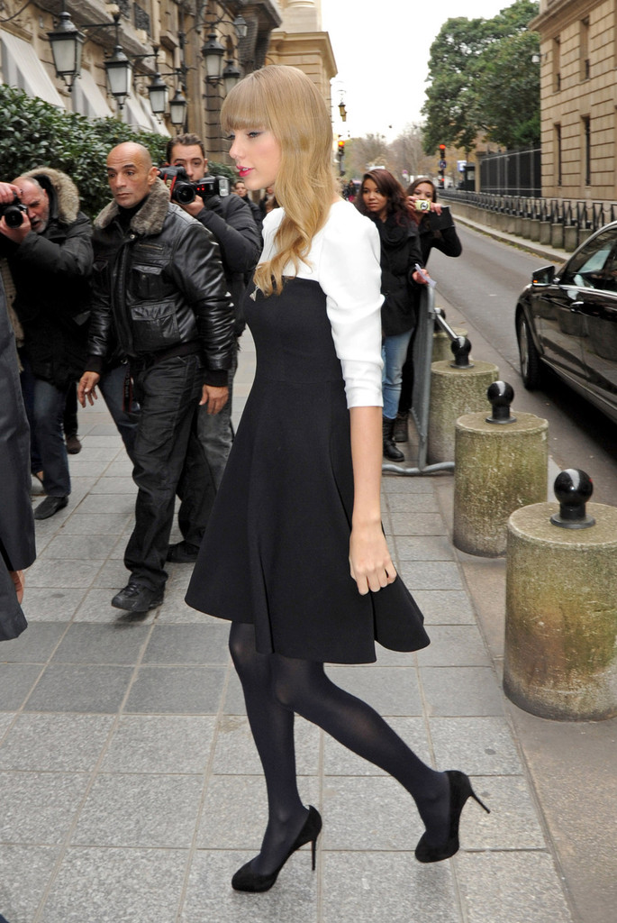 Taylor Swift Photos Photos Cute American Country Singer