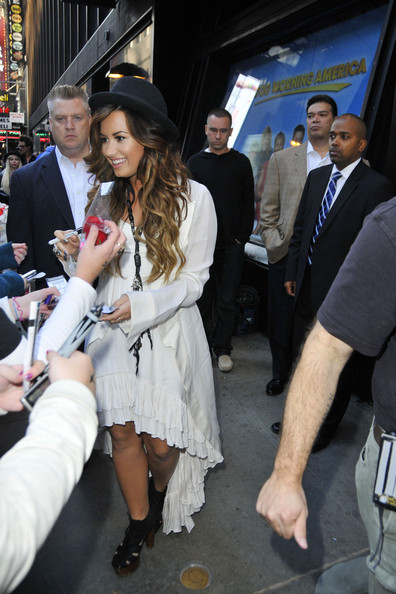 "Demi Lovato Demi Lovato in high spirits as she arrives at the ""Good Morning America"" studios to greet fans. The 19 year old singer signed autographs and received a rose from a fan before heading into the TV studio."