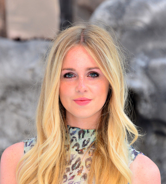 Diana Vickers Diana Vickers at the UK premiere of 'The Lone Ranger' at ...