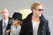 """Drive"" actor Ryan Gosling gets cozy with actress Eva Mendez in Paris, France. Mendes is currently filming her new movie ""Holly Motors"" in Paris and Gosling came to visit her."