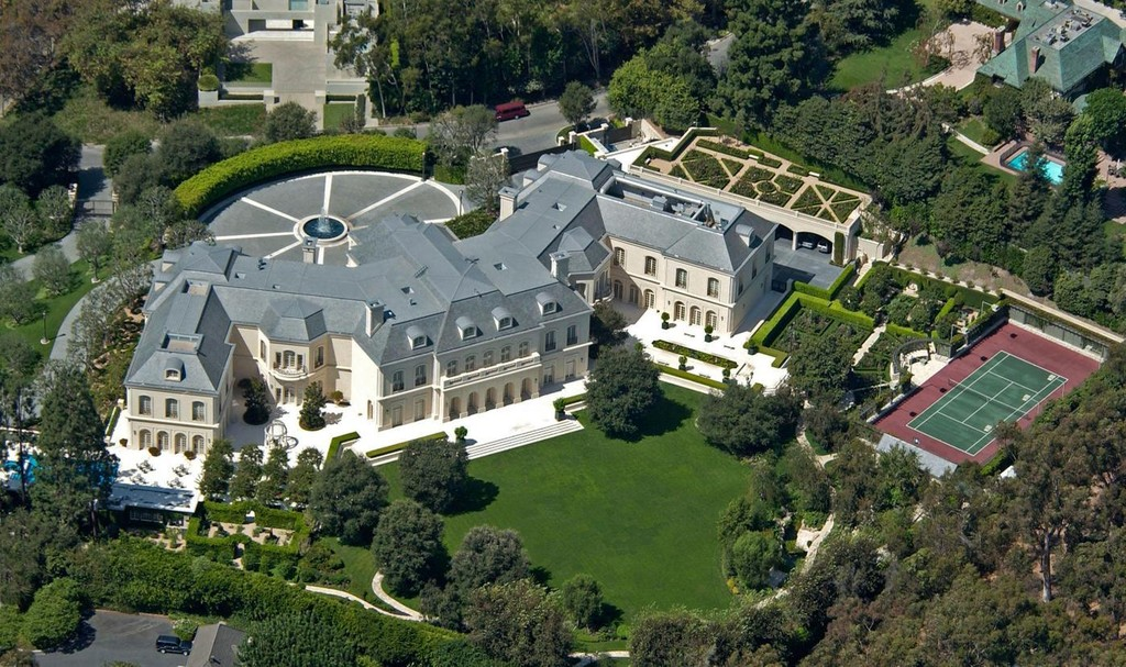 Aaron spelling photos photos fashion designer petra for Most expensive house in la