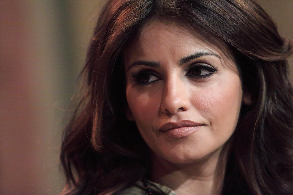 FILE PICTURES: Monica Cruz Is To Play Her Pregnant Sister
