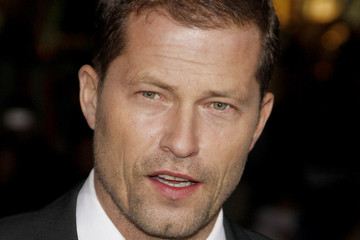 til schweiger pictures photos amp images  zimbio til schweiger garry marshall at the los angeles premiere of quotnew year39s