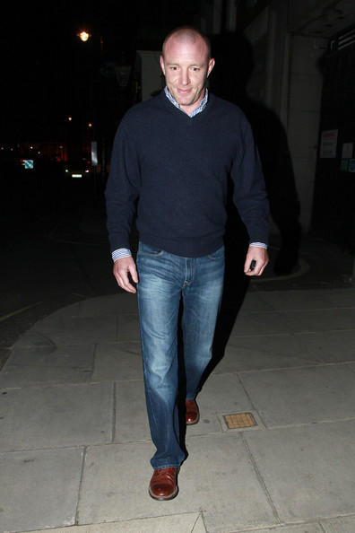 Guy Ritchie Photos Photos - Guy Ritchie Leaves the Punchbowl Pub 2 ...