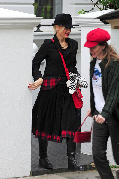 Gwen+Stefani in Gwen Stefani Out in London