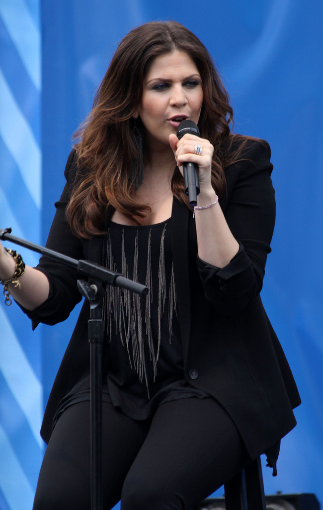 Hillary Scott - Hillary Scott Photos - Hillary Scott and ...