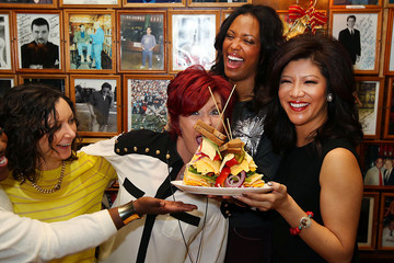 Aisha Tyler Sara Gilbert 'The Talk' Cast at the Carnegie Deli