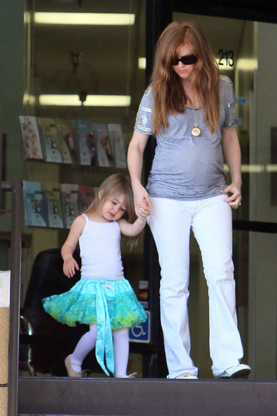 isla fisher daughter. hot Isla Fisher With Daughter isla fisher daughter olive.