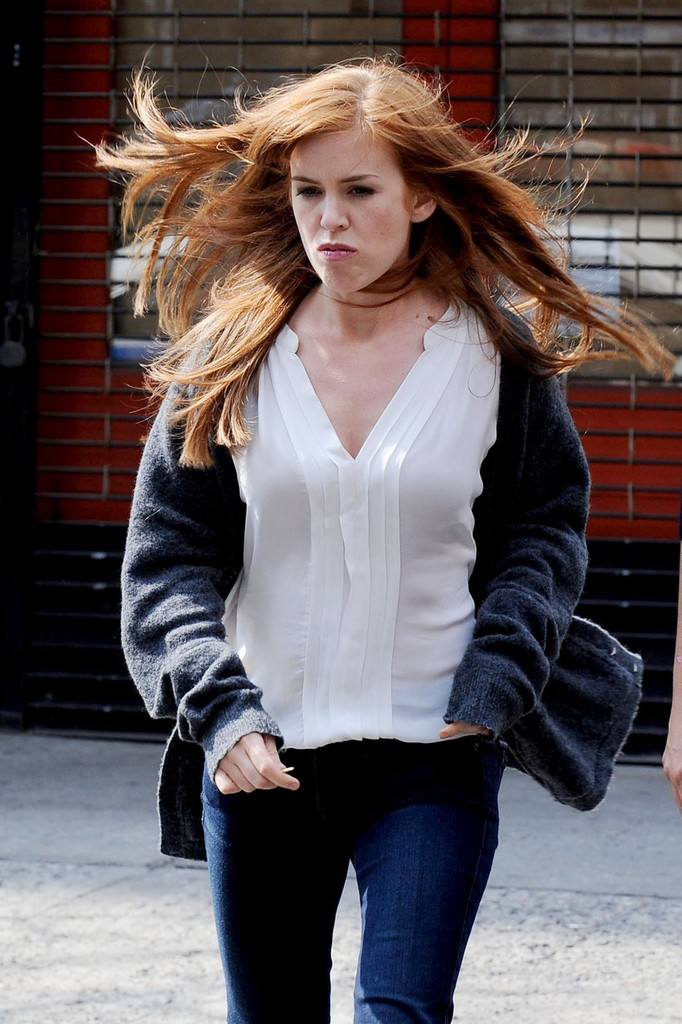 isla fisher in stars on the set of quotnow you see mequot in new