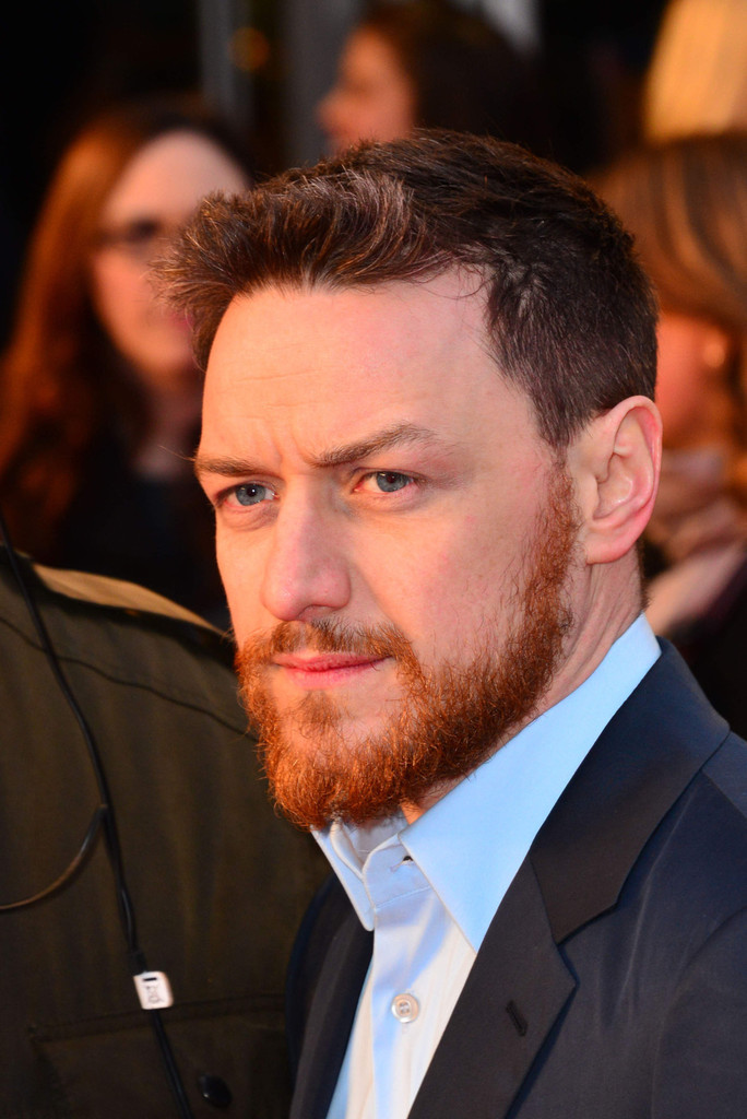 http://www4.pictures.zimbio.com/pc/James+McAvoy+Trance+Premieres+London+2+KQdp8lUj-zxx.jpg