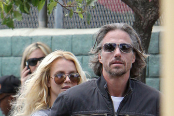 Britney Spears Jason Trawick Jason Trawick and Britney Spears at a Little League Game