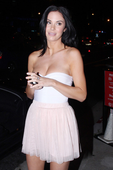 Model Jayde Nicole and beau Josh Berman dine out at BOA steakhouse in West Hollywood []