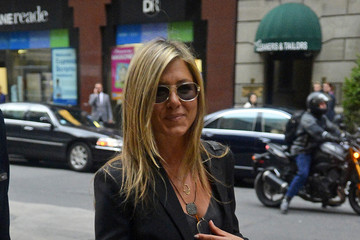 Jennifer Aniston Jennifer Aniston Takes a Walk in NYC