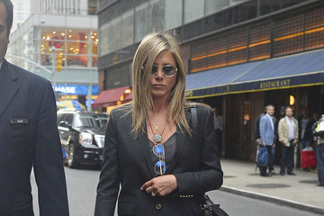 Jennifer Aniston Jennifer Aniston Takes a Stroll in NYC