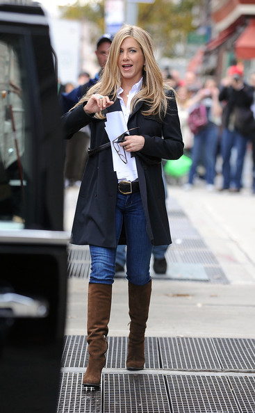 "Jennifer Aniston sports a lighter blond hairstyle as she walks to her trailer on the set of her upcoming film ""Wanderlust"", filming on location in the West Village."