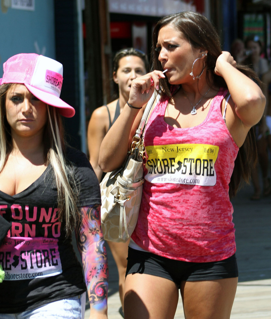 Deena Nicole Cortese In 'Jersey Shore' Stars Leave Work 1