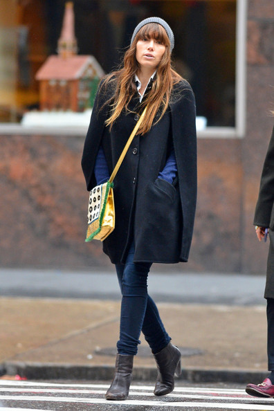 Jessica Biel - Jessica Biel Bundles Up in NYC