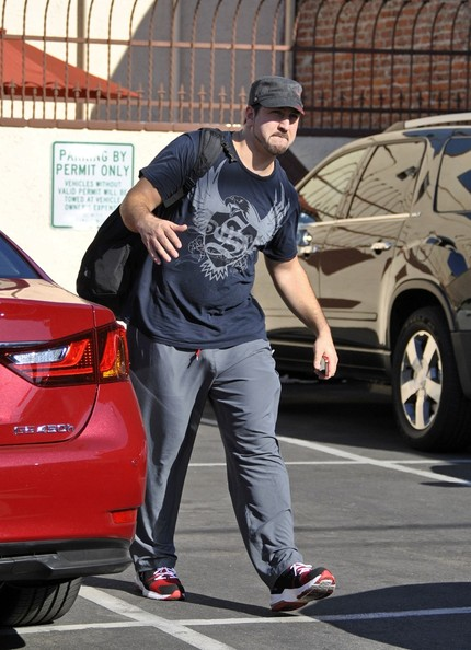 Celebs Arrive for Dance Rehearsal []
