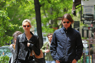 Josh Hartnett Josh Hartnett Spends the Day with His Girlfriend